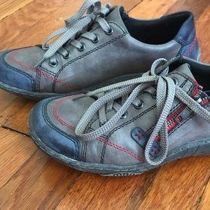 Remonte women's lace up shoes